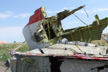 Bellingcat identifies those linked to downing of MH17