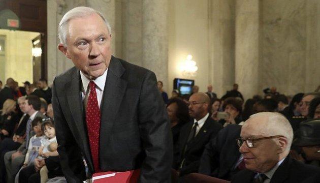 Генпрокурор США оказался в центре нового скандала