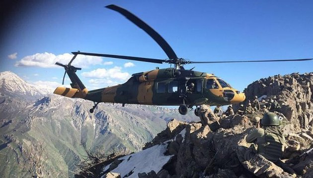 В Туреччині розбився військовий вертоліт: є жертви