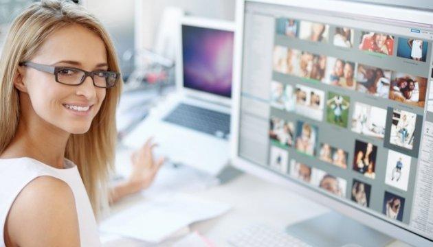 Эксперты назвали сферы, где женщины зарабатывают больше мужчин