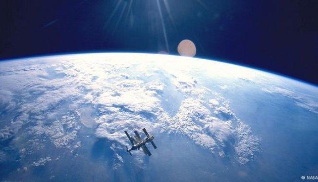 Пентагон дозволив SpaceX запустити 28 своїх супутників
