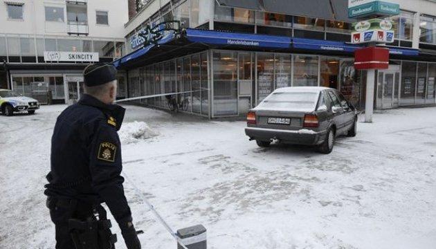 """""""Путин ТВ"""" добралось до Швеции: подросткам предлагали деньги за беспорядки на камеру"""