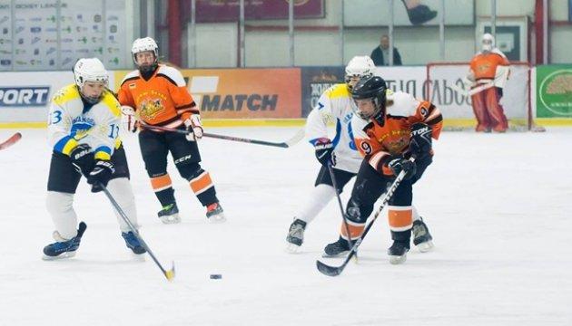 Сегодня определятся финалисты чемпионата Украины по хоккею среди женщин