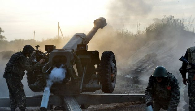 Militants launched 107 attacks on Ukrainian troops in Donbas in last day