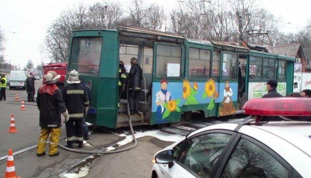 В Конотопе загорелся трамвай с пассажирами