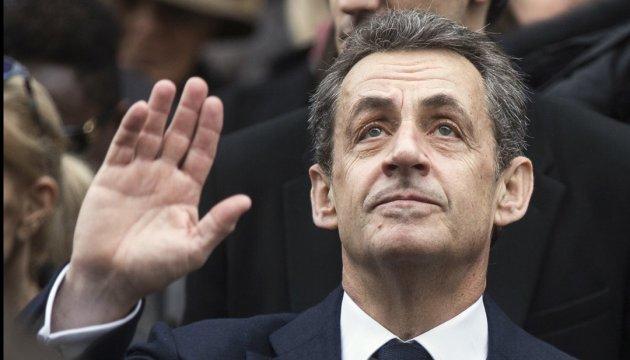 Саркозі дозволили переночувати вдома