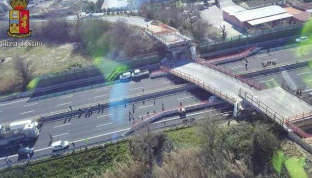 В Италии обвалился мост, есть погибшие