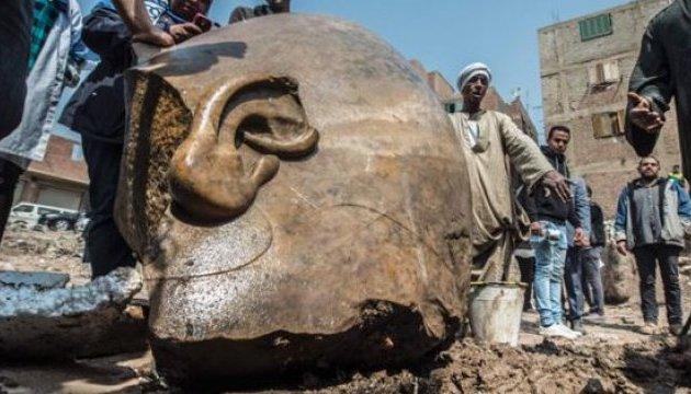 Археологи нашли статую фараона Рамзеса II