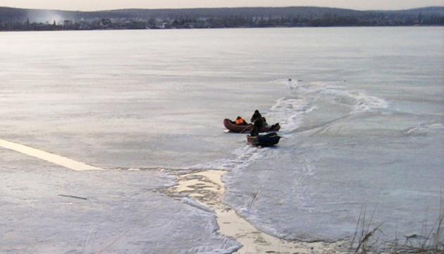 Четверо рибалок провалилися під лід на водосховищі під Харковом