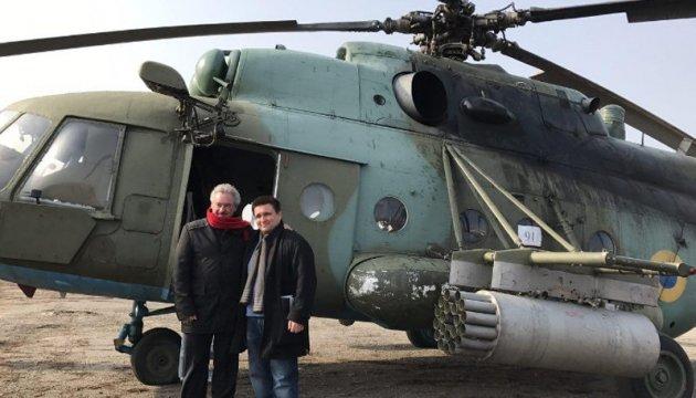 Клімкін із люксембурзьким колегою летять на Донбас