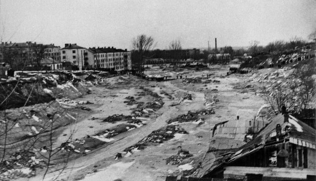 Зеленський ушанував пам'ять загиблих у Куренівській трагедії