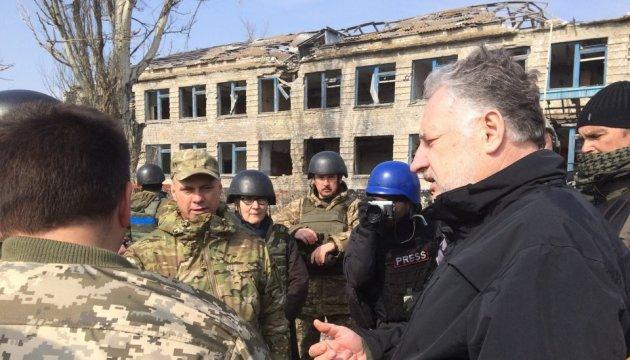 Глава МИД Люксембурга поражен полностью уничтоженным Широкино