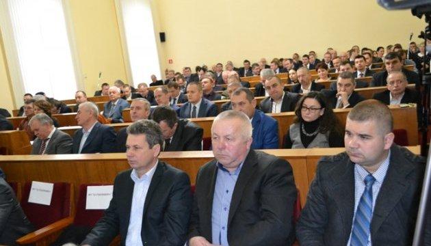 Чернівецька облрада прийняла звернення на підтримку блокади ОРДЛО