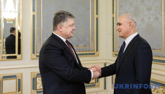 Порошенко позитивно оцінив динаміку відносин з Азербайджаном