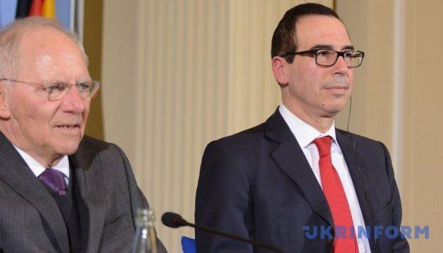 Главы минфинов ФРГ и США провели первую встречу в Берлине