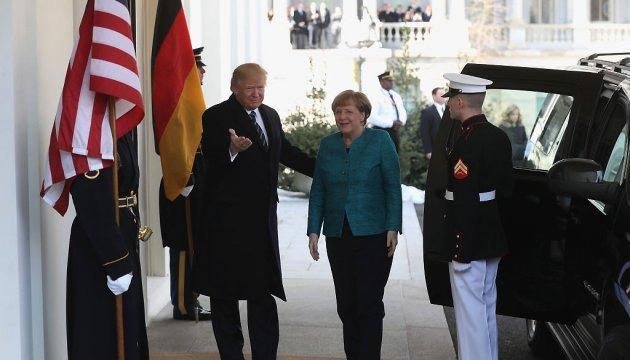 Меркель подтвердила готовность Германии наращивать военный бюджет