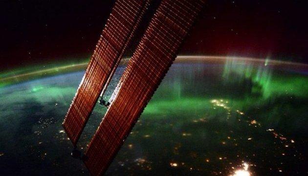 NASA показало полярне сяйво з космосу