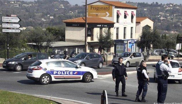 У Франції арештували п'ятьох підозрюваних у підготовці теракту в Парижі