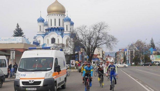Кращі велосипедисти України відкрили спортивний сезон