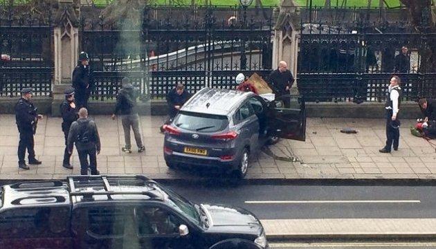 Інцидент у Вестмінстері: двоє загиблих, п'ятьох поранених переїхала автівка