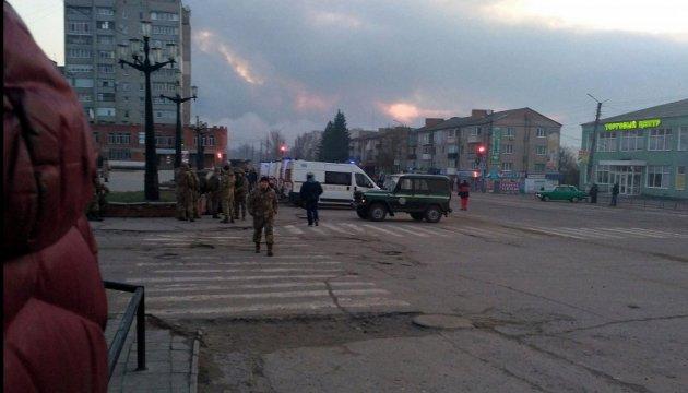 На вулиці Балаклії вивели п'ять патрульних бронемашин - поліція