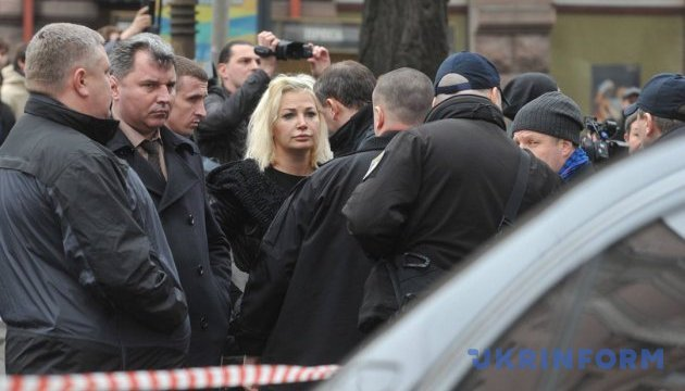 Дружина Вороненкова залишила місце його вбивства з Луценком і Грицаком