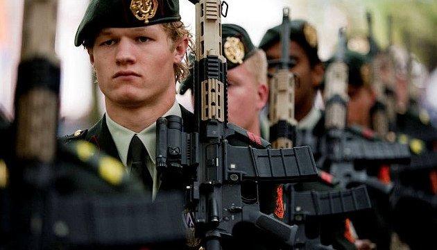 Нидерланды отправили более 100 военных в батальон НАТО в Литве