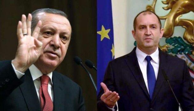 Президенти Болгарії і Туреччини заочно обмінялися гострими заявами