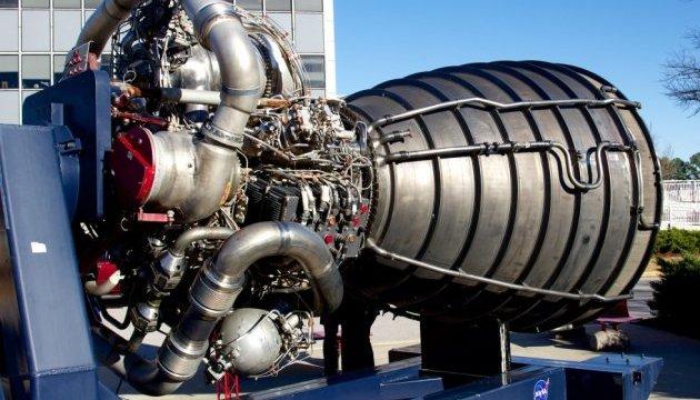 NASA испытало двигатель для лунно-марсианской ракеты