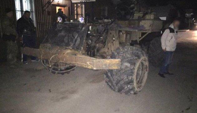 Поліція вилучила в копачів бурштину шість мотопомп і самохідне авто