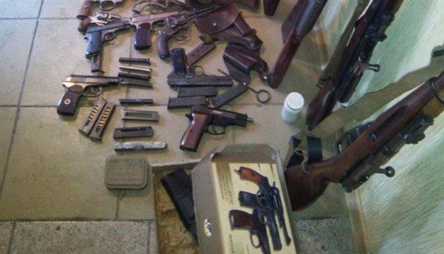 Поліція оголосила місячник добровільної здачі зброї