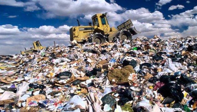 Садовий вважає, що ситуацію зі сміттям можна вирішити за один день