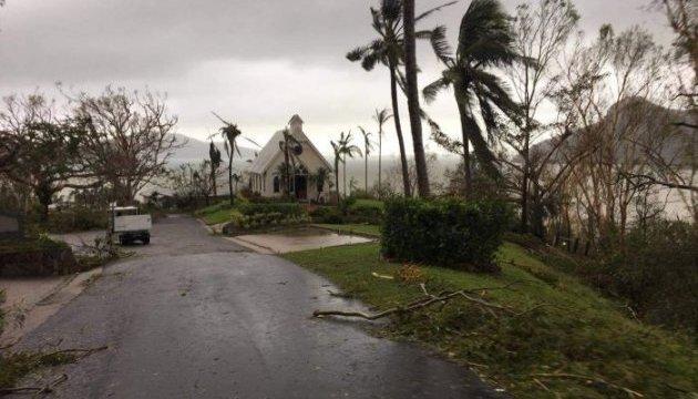 Наслідки руйнівного циклону в Австралії нагадують зону бойових дій