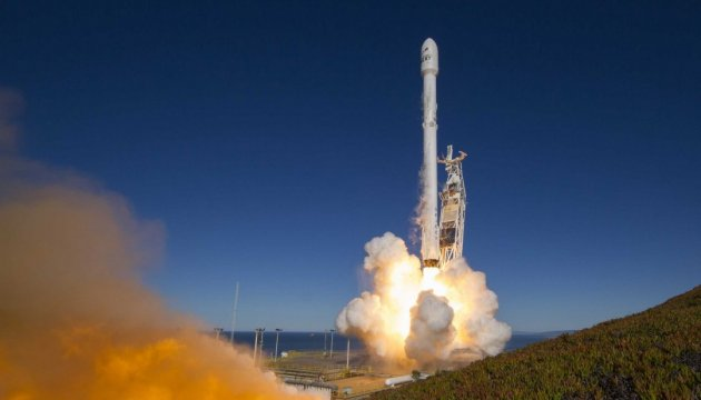 Маск хочет успеть построить станцию на Марсе до начала Третьей мировой войны