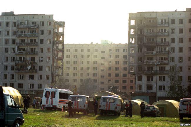 Взрыв жилого дома на улице Гурьянова, в результате которого погибло 106 человек, 1999 год. Фото: Sputnik