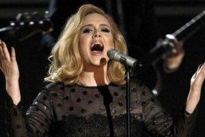 Співачка Адель випустила першу за шість років пісню з кліпом