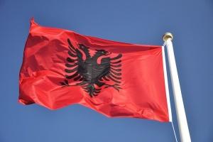 Євросоюз закликає опозицію Албанії повернутися до роботи у парламенті