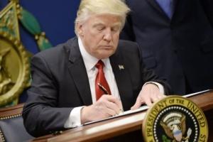 Трамп подписал указ о борьбе с антисемитизмом в учебных заведениях