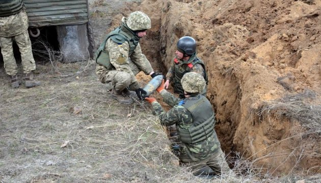Emergency Service: 2,808 explosive devices disposed near Kalynivka