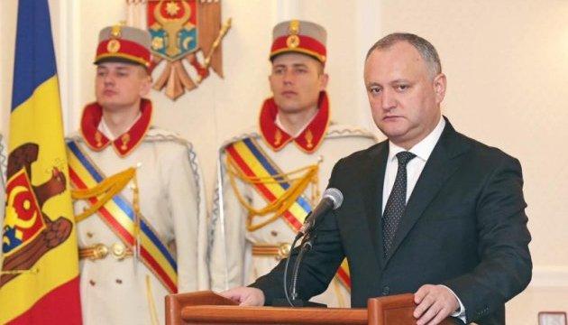 У Молдові ініціюють референдум про посилення влади Додона