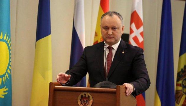 Додон їде в Бішкек, щоб домогтися для Молдови статусу спостерігача в ЄврАзЕс