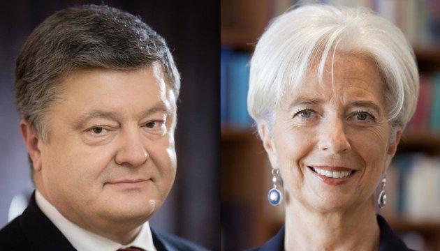 Poroshenko, Lagarde discuss implementation of structural reforms in Ukraine