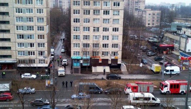 У Петербурзі знешкодили бомбу в житловому будинку