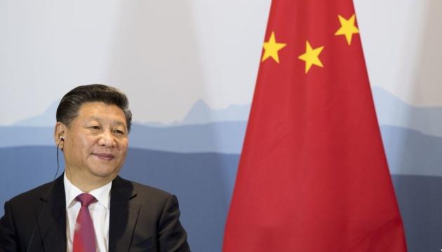 Facebook образливо переклав ім'я лідера Китаю Сі Цзіньпіна