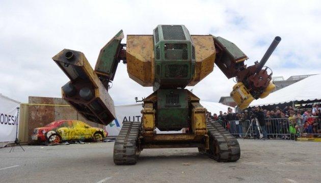 MegaBots: оголосили дату бою людиноподібних роботів-гігантів