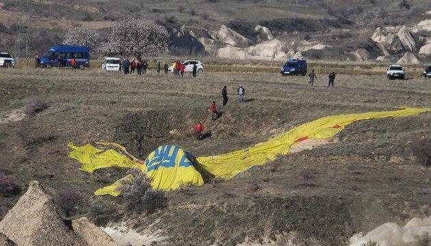 У Туреччині повітряна куля з туристами врізалась у ЛЕП, загинув француз