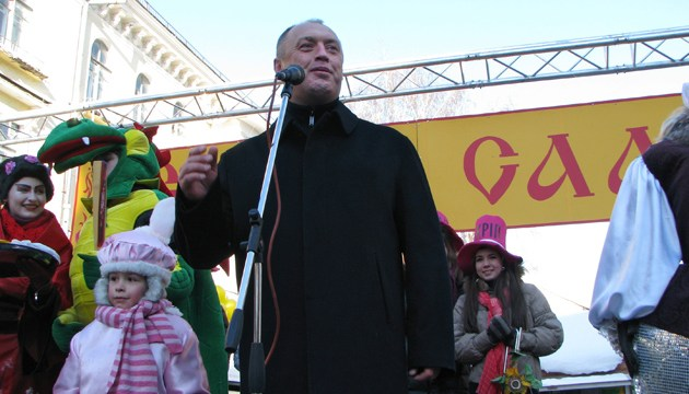 Полтавський мер ледь не побився з активістами у міськвиконкомі