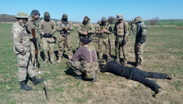 Auf dem Polygon in Reni trainieren ukrainische Scharfschützen