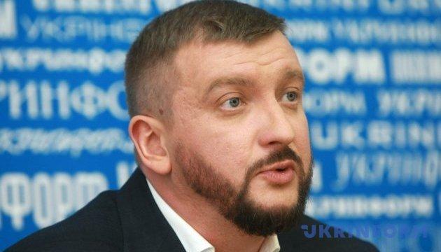 Уряд наполягає на ухваленні законопроекту про НАЗК - Петренко