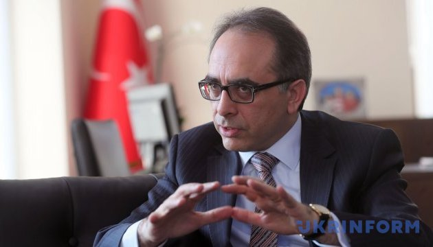 Результати референдуму не вплинуть на зовнішню політику Туреччини - посол